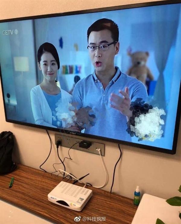 """如此""""名副其实""""!网友在拼多多购入小米新品电视,拆包装后看傻"""